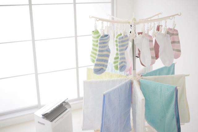 梅雨や長雨の時の室内干しの不満を解消!サンルームの効果的な活用法